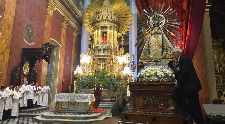 Entronización de la Virgen del Milagro. Foto: Federico Medaa