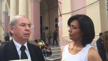 Oscar Sosa, encargado de la custodia de las imágenes, en el Facebook Live de El Tribuno