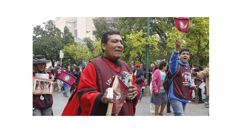 las imagenes de la emocion de los peregrinos al llegar a la catedral